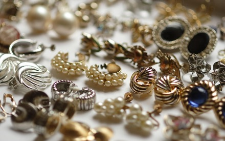 FIND THE PERFECT ESTATE JEWELRY AT LEVY!