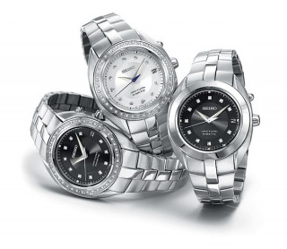 https://www.levyjewelers.com/upload/page/page_product/1463724348watch trio.jpg
