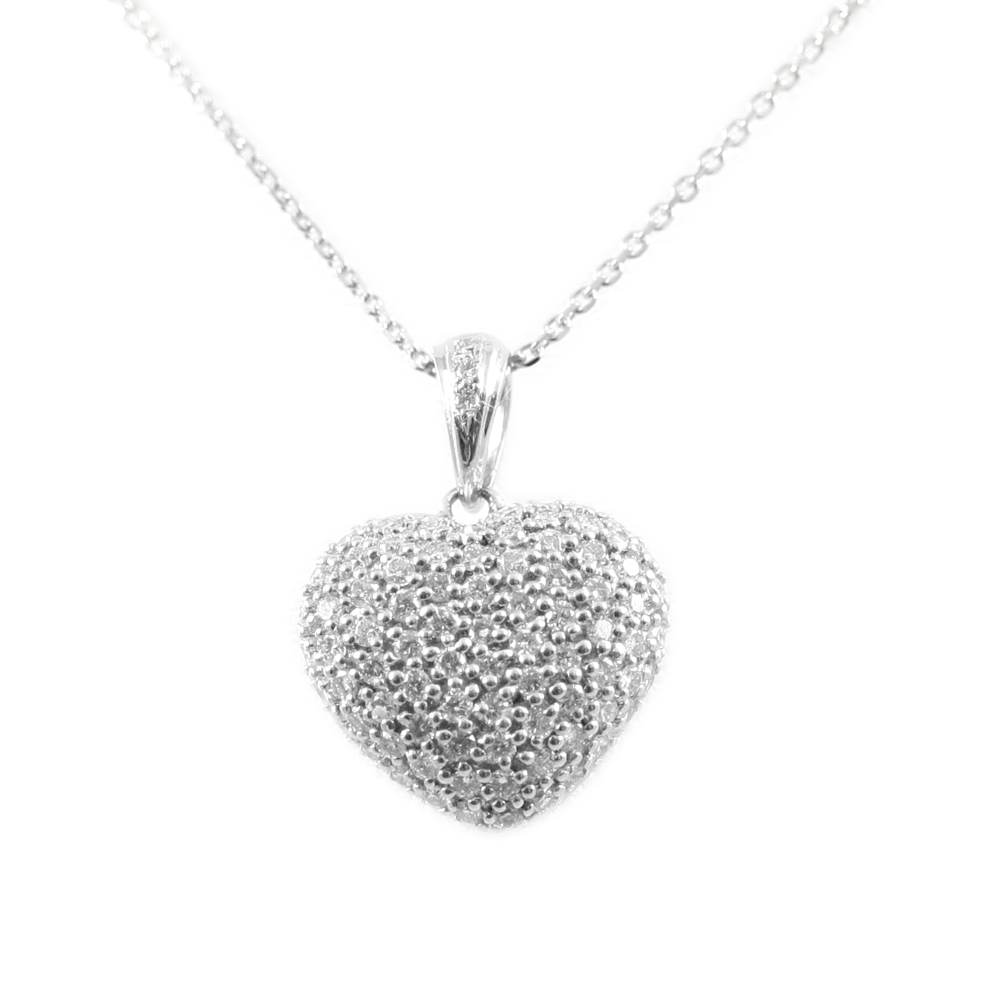 18 Karat White Gold Puffed Diamond Heart Pendant Necklace
