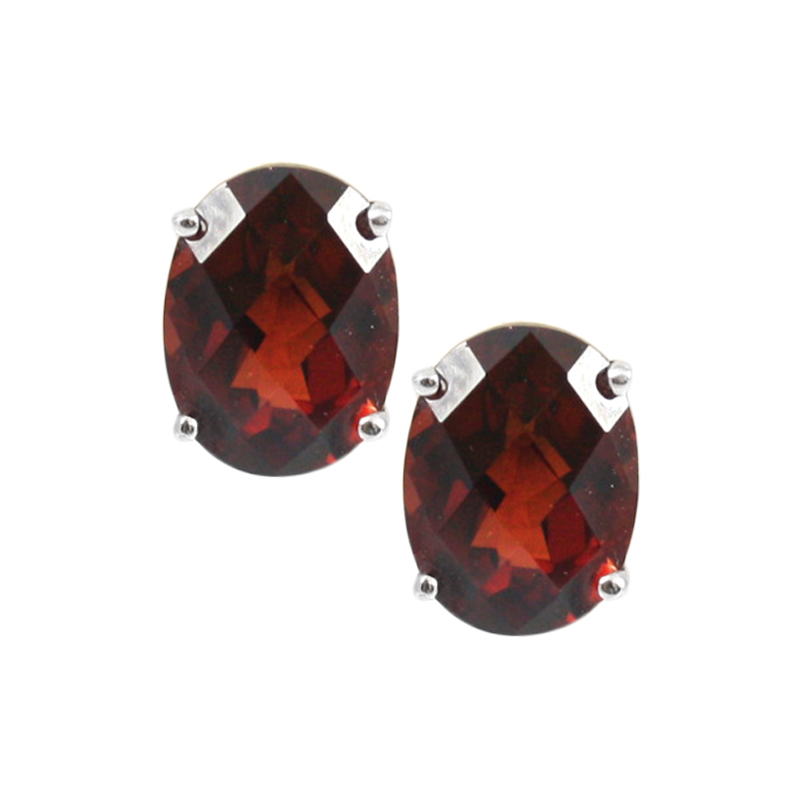 Sterling Silver Garnet Earrings.