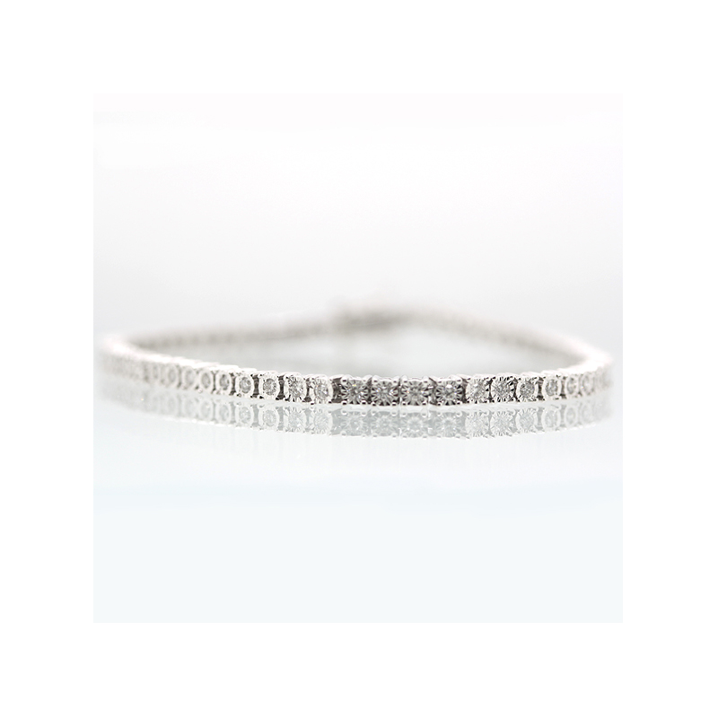 14 Karat white gold diamond hinged link bracelet