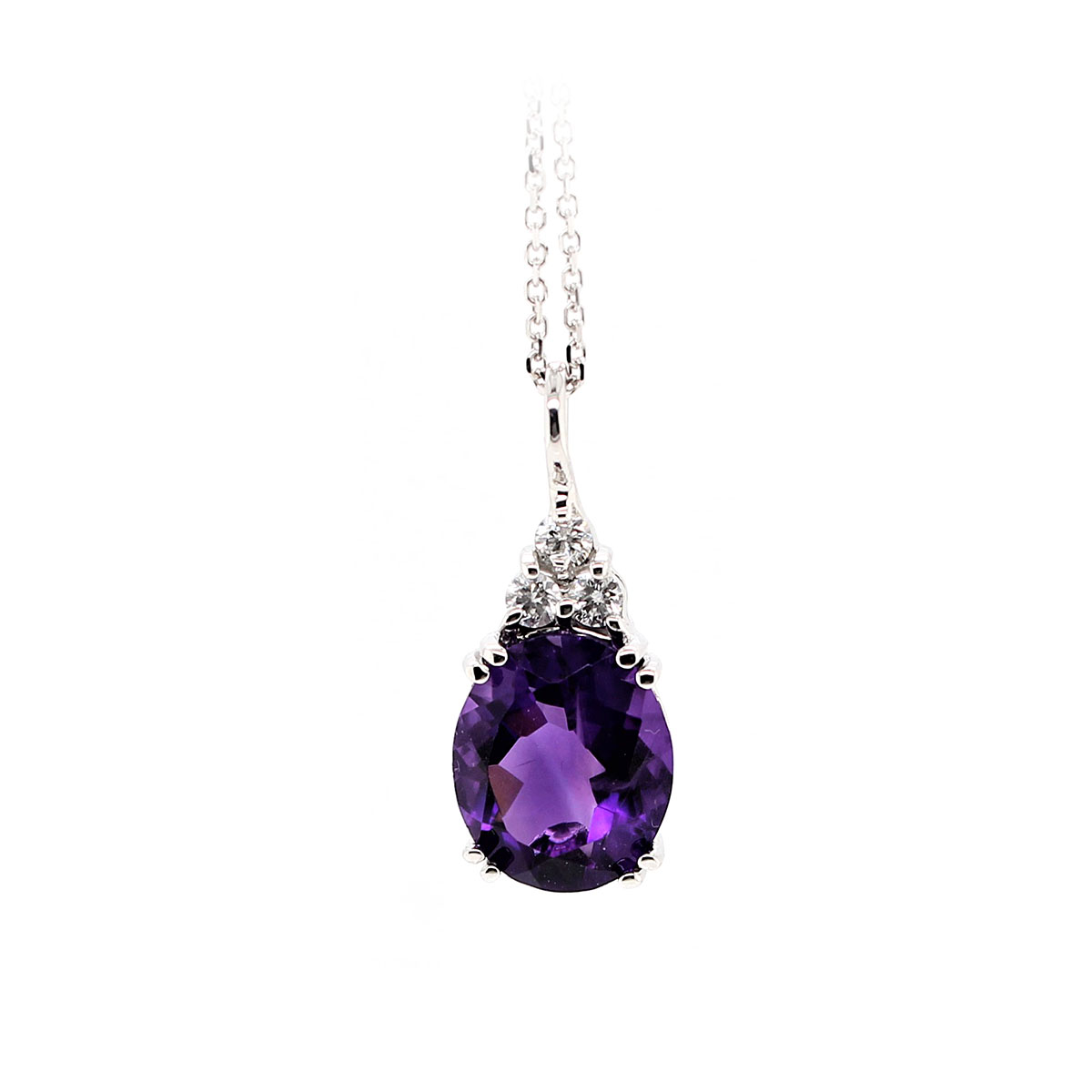 14 Karat White Gold Oval Amethyst and Diamond necklace