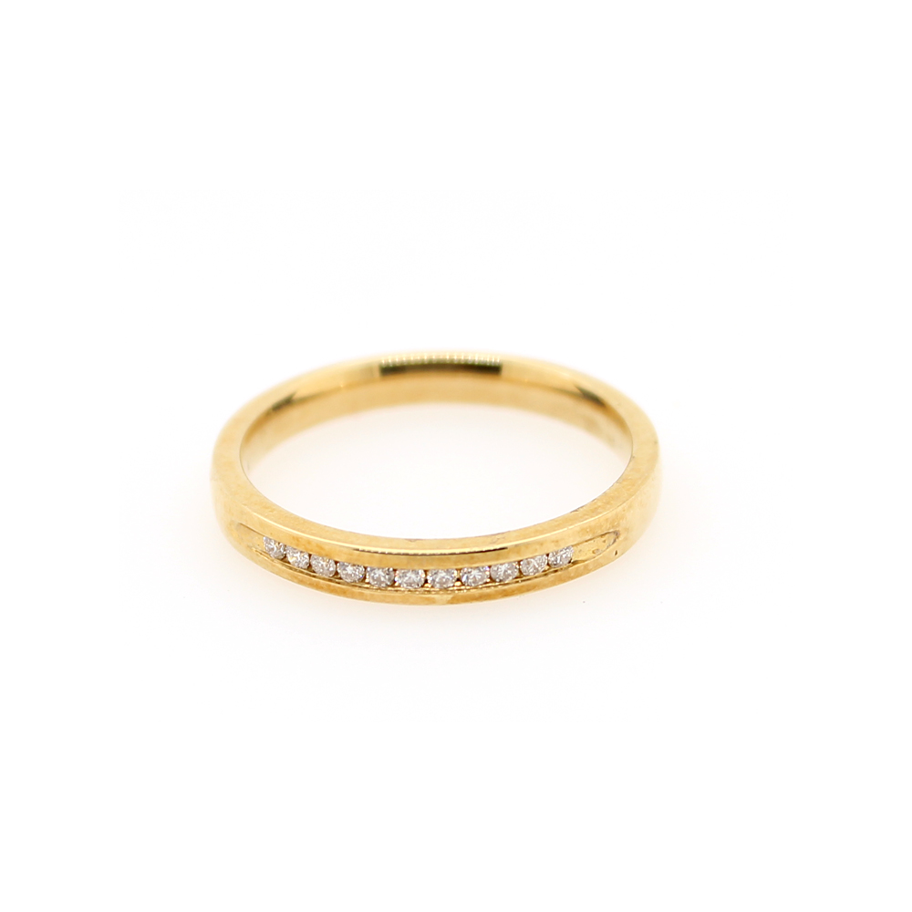 Shefi Diamonds 14 Karat Yellow Gold Diamond Wedding Band (.1 Carat)