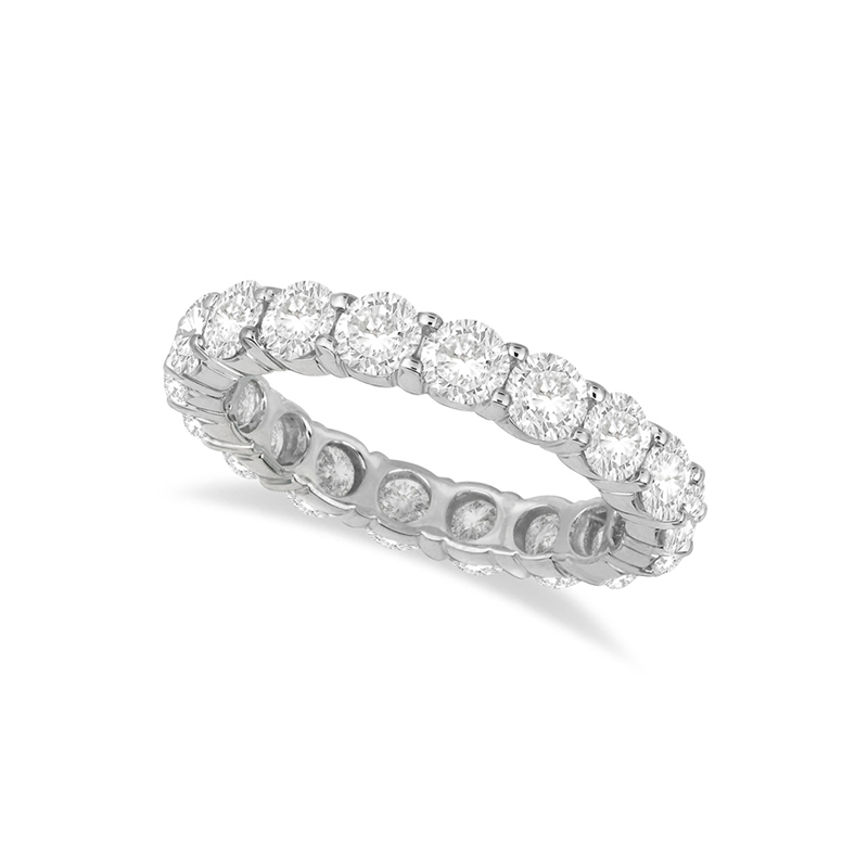 14 Karat white gold and diamond band 2 ct.