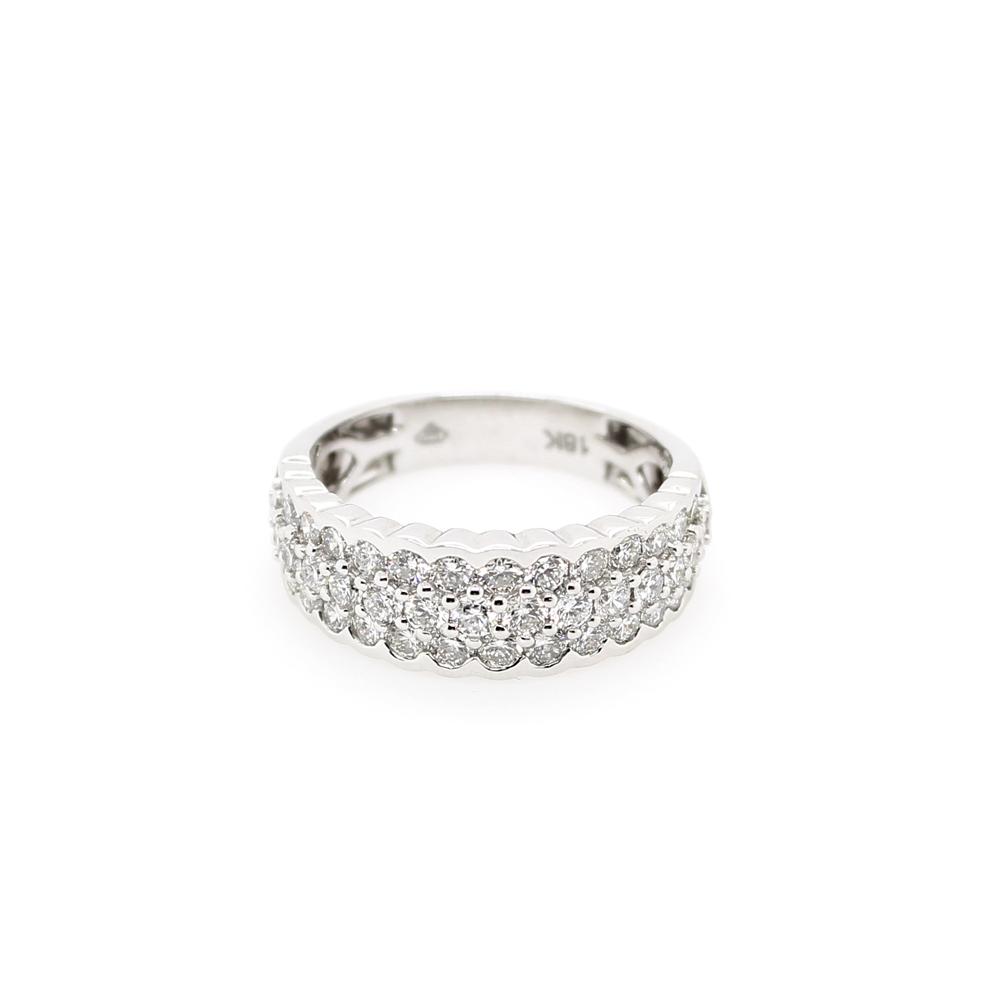 Paramount Gems 18 Karat White Gold Scallop Edge Diamond Band