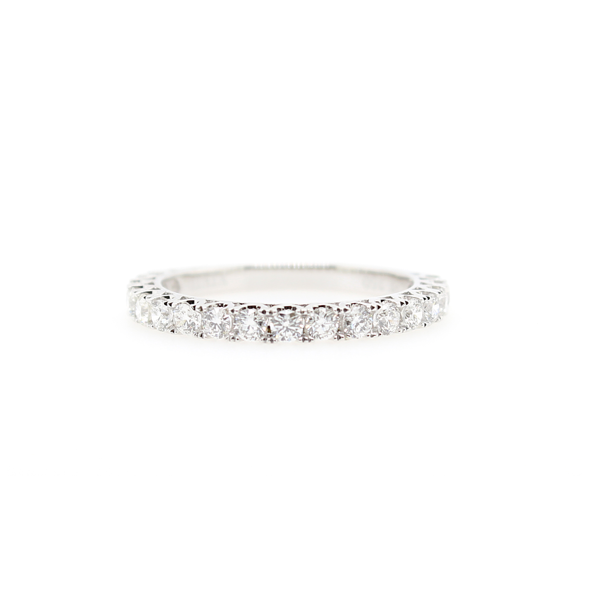 18 Karat White Gold 18 Diamond Wedding band