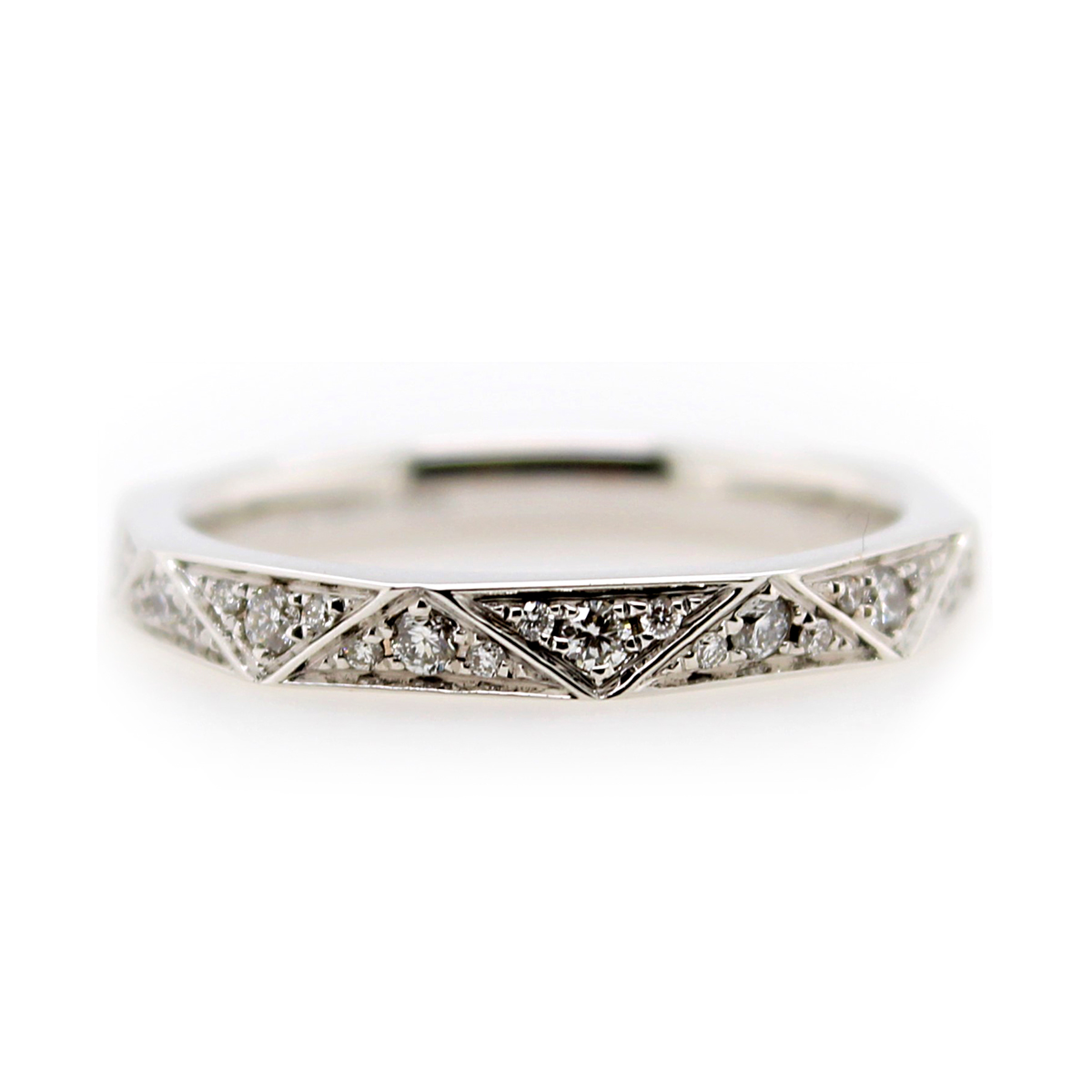 Henri Daussi 14 Karat White Gold Diamond Prismatic Wedding Band