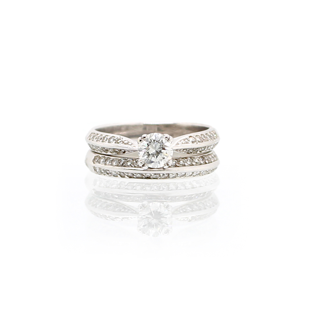 Vintage 14 Karat White Gold Round Brilliant Diamond Bridal Set