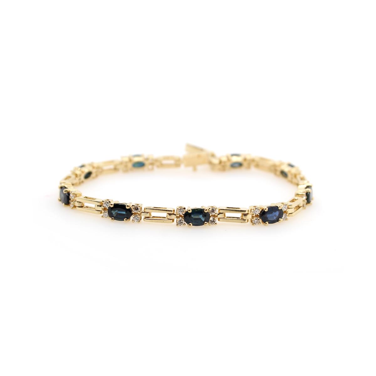 Vintage 14 Karat Yellow Gold Oval Blue Sapphire and Diamond Link Bracelet