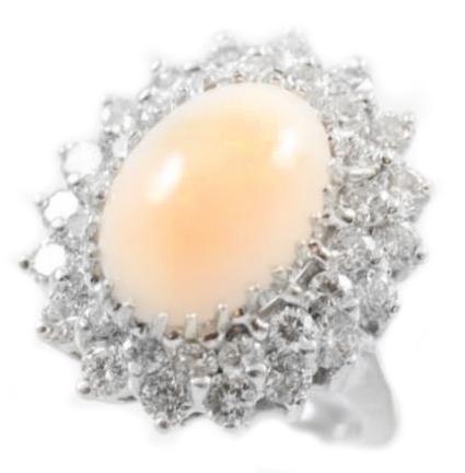 Vintage 14 Karat White Gold Angel Skin Coral Ring
