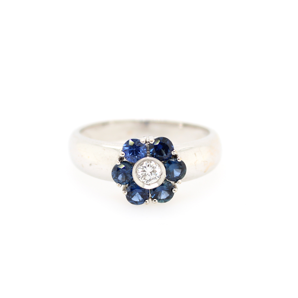 Vintage 14 Karat White Gold Sapphire and Diamond Flower Ring