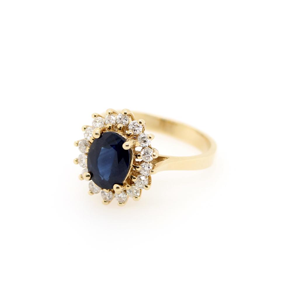 Estate 14 Karat Yellow Gold Diamond and Sapphire Ring