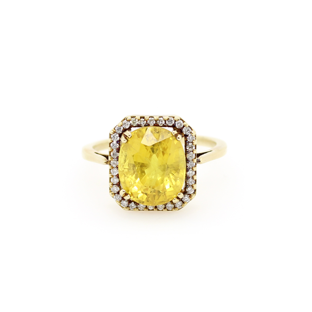 Vintage 14 Karat Yellow Gold Yellow Sapphire and Diamond Ring