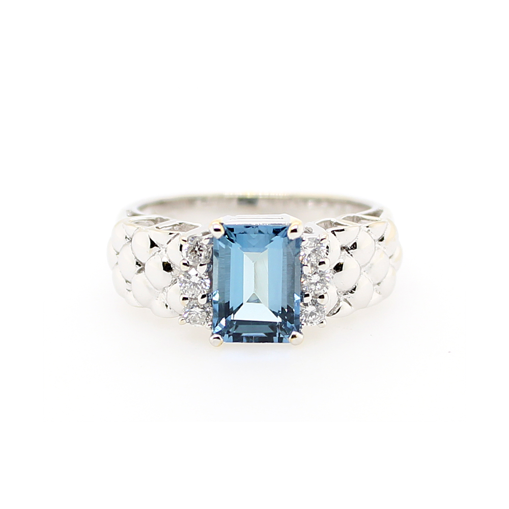 Vintage 14 Karat White Gold Aquamarine and Diamond Ring