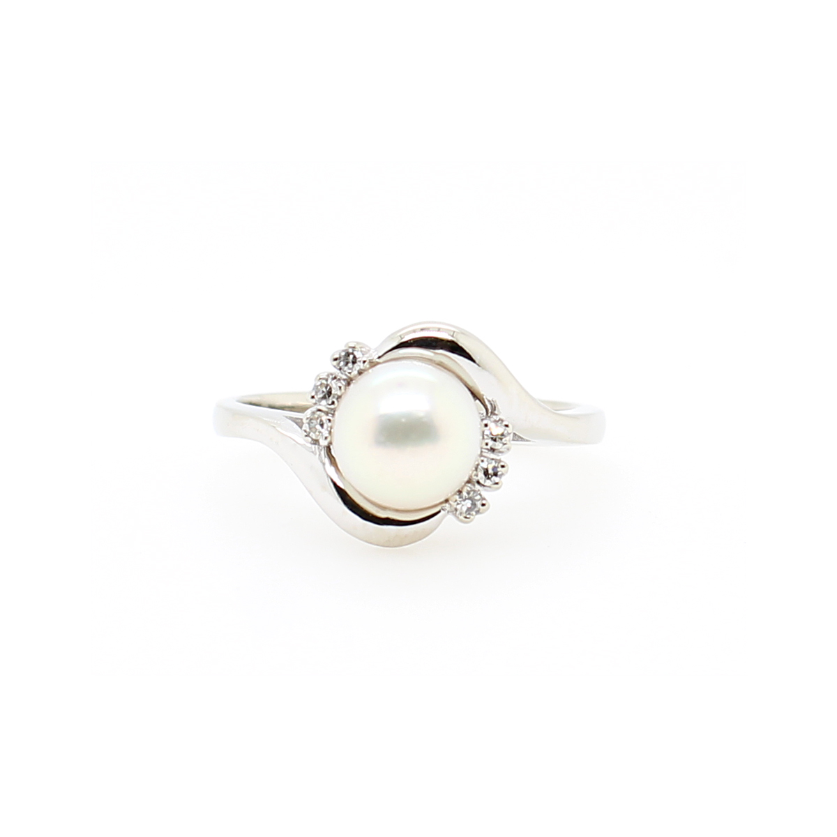 Vintage 14 Karat White Gold Akoya Pearl and Diamond Ring