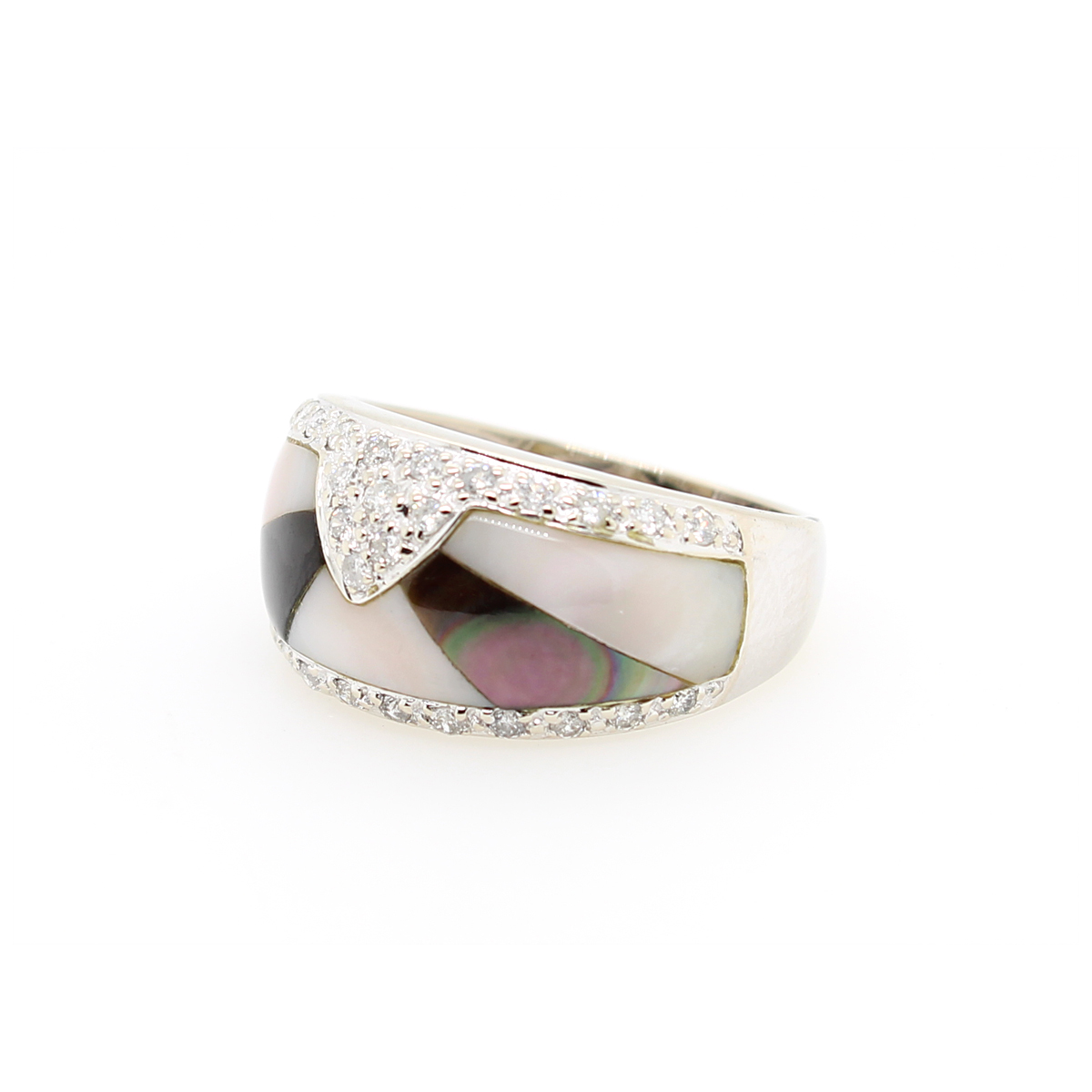 Vintage 14 Karat White Gold Pink and Black Mother of Pearl Ring