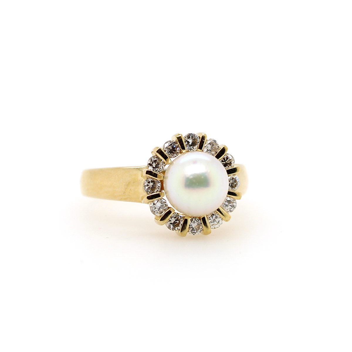 Vintage 18 Karat Yellow Gold Akoya Pearl and Diamond Ring