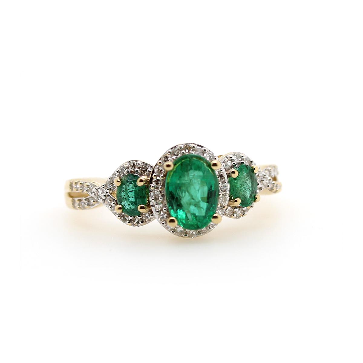 Vintage 14 Karat Yellow Gold Emerald and Diamond Ring