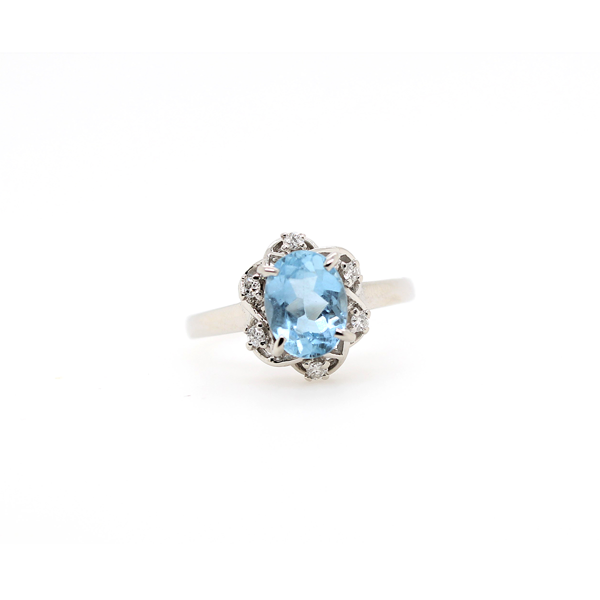 Vintage Platinum Oval Aquamarine and Diamond Ring