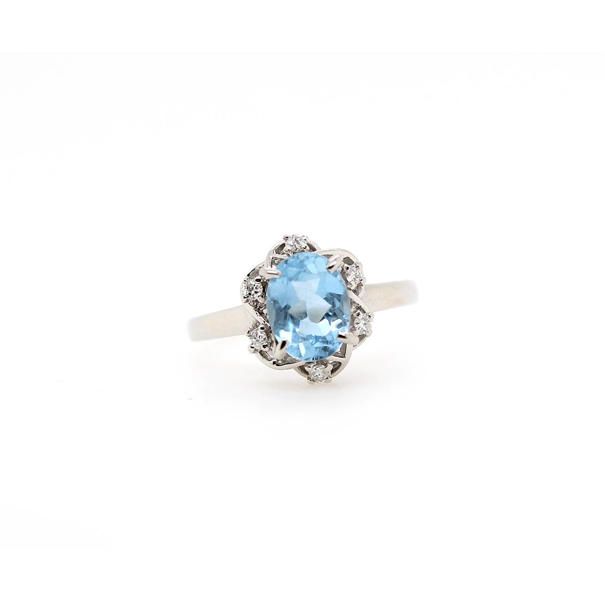 Vintage Platinum Oval Aquamarine and Diamond Ring