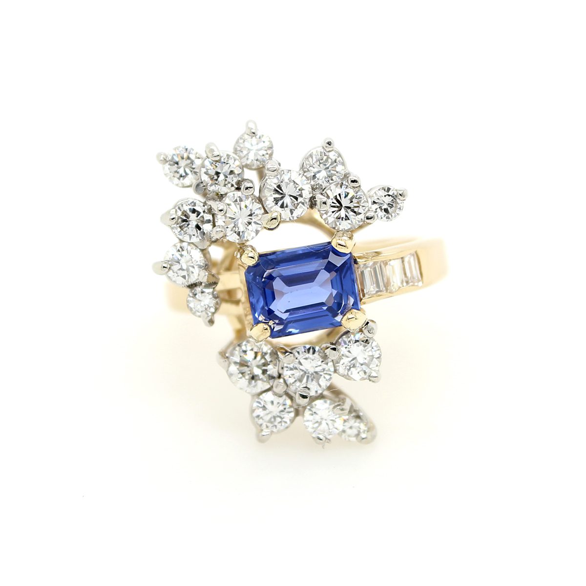 Vintage 18 Karat Yellow Gold Blue Sapphire and Diamond Cluster Ring