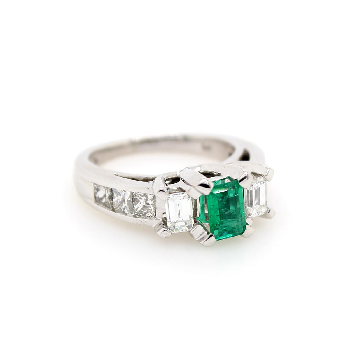 Vintage 14 Karat White Gold Emerald and Diamond ring