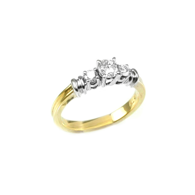 Vintage 14 Karat yellow gold and diamond ring.