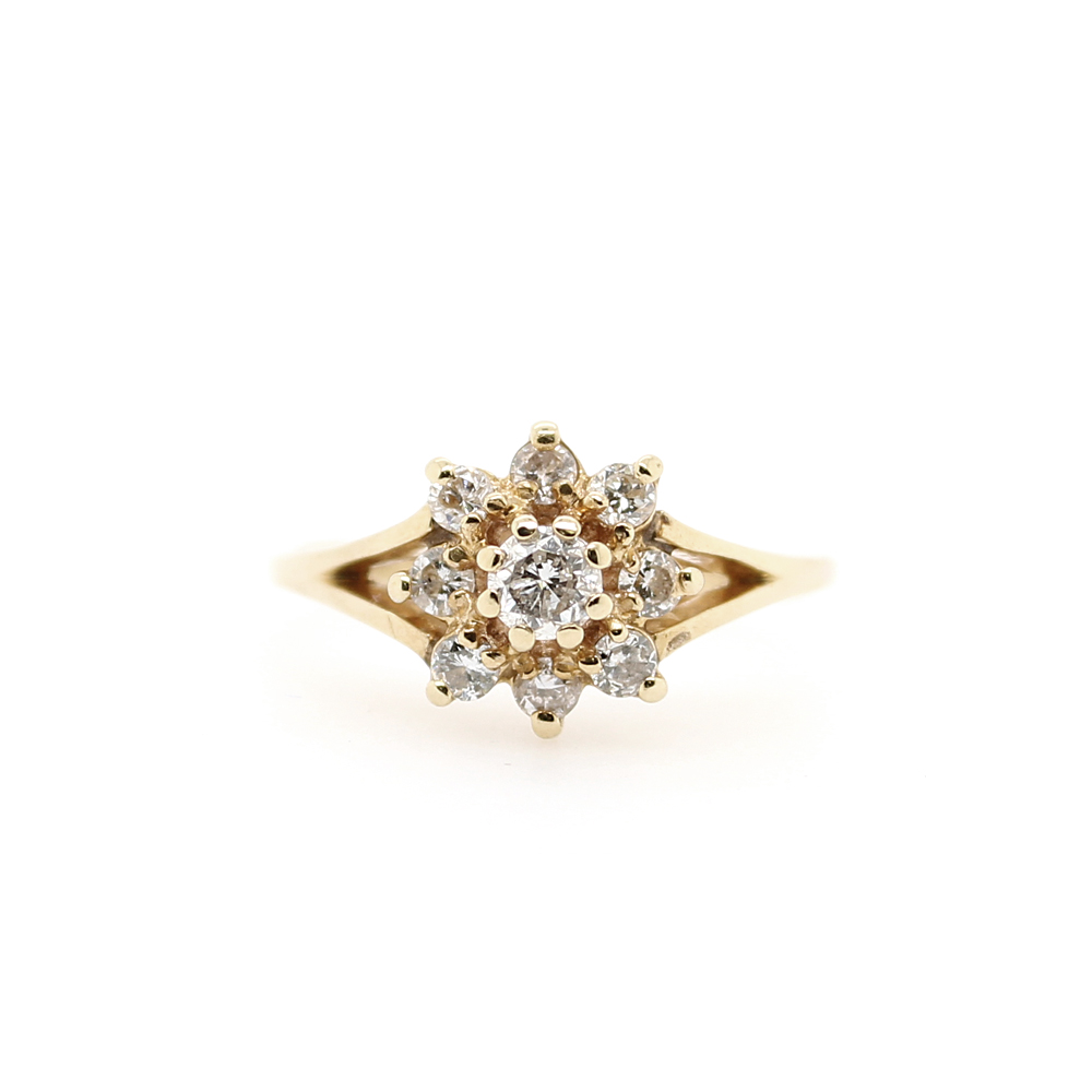 Vintage 14 Karat Yellow Gold Diamond Flower Ring