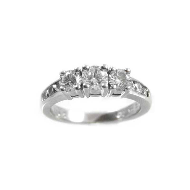 Vintage 14 Karat White Gold Diamond Engraved Ring