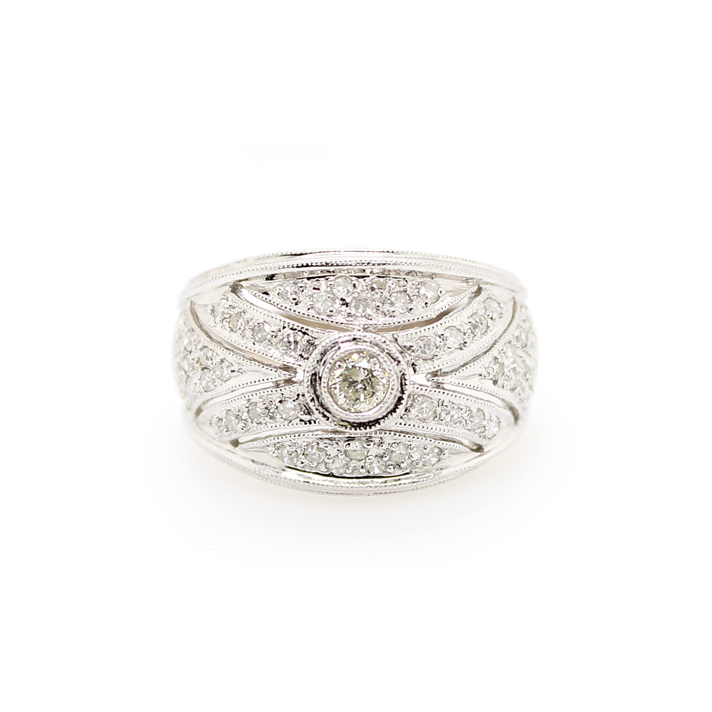 Estate 18 Karat White Gold Diamond Filigree Ring