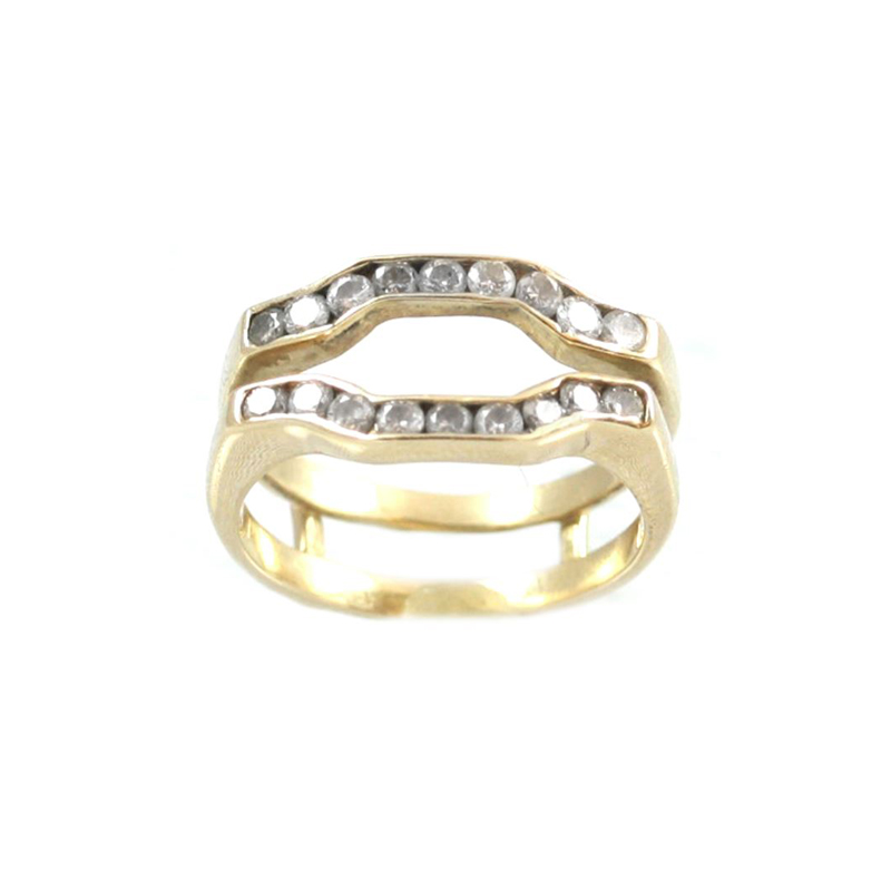 Vintage 14 Karat Yellow Gold Diamond Wrap Ring