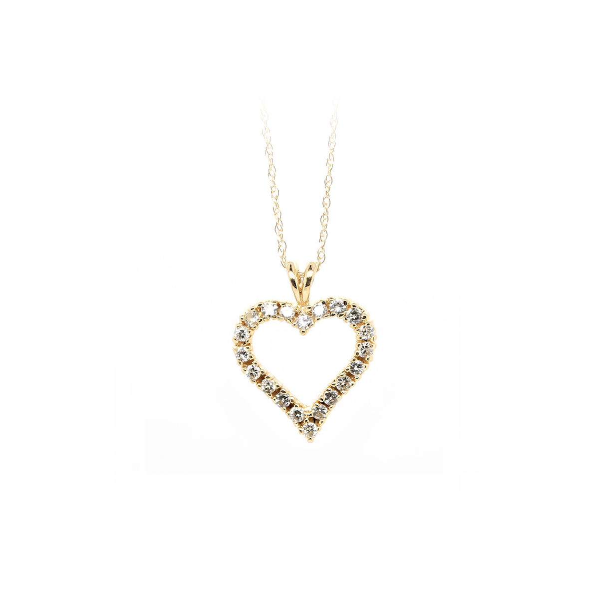 Vintage 14 Karat Yellow Gold Cutout Diamond Heart Pendant Necklace