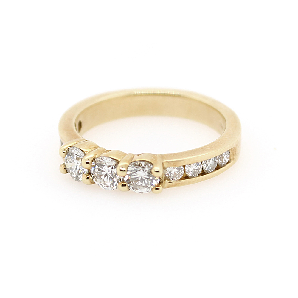 Estate 14 Karat Yellow Gold Diamond Wedding Band