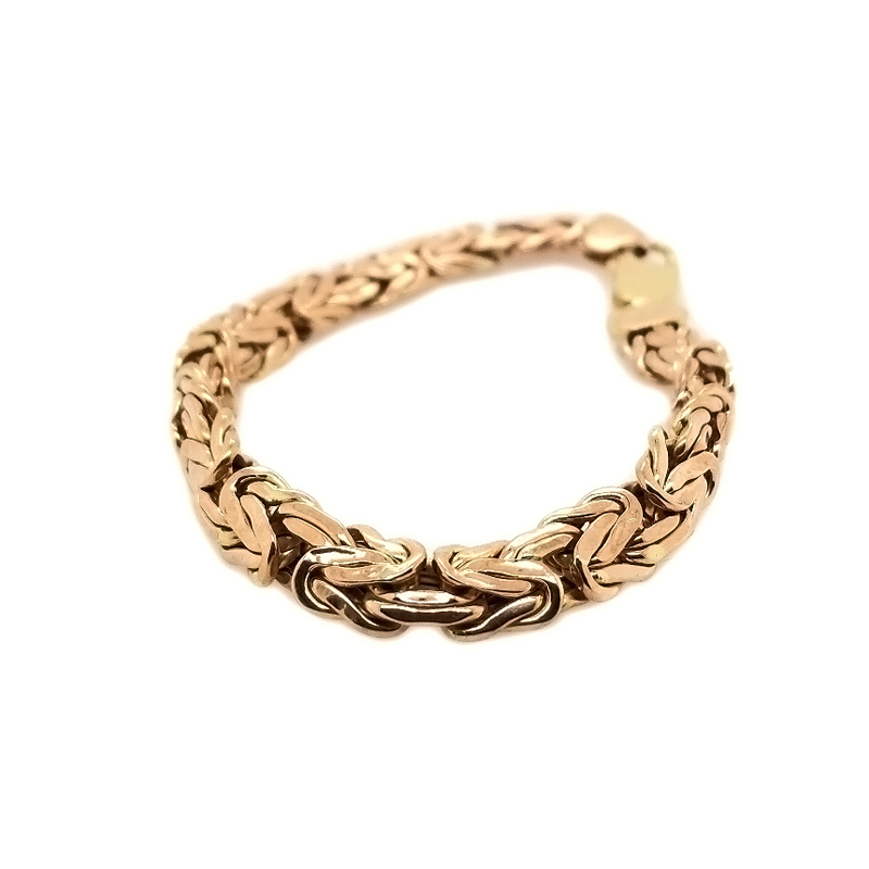 Estate 14 Karat yellow gold byzantine hollow bracelet measuring 7.5