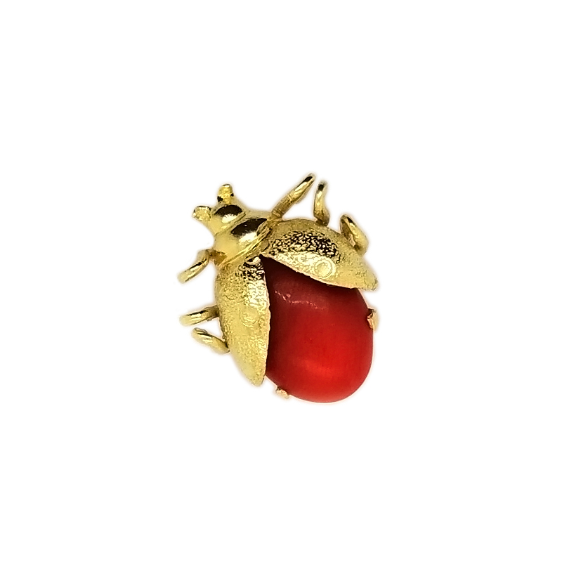 Estate 18 Karat yellow gold beetle pin