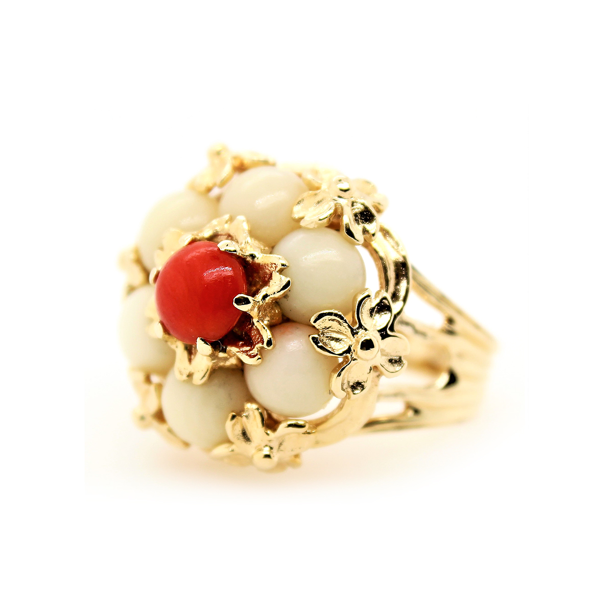 Vintage 14 Karat Yellow Gold Oxblood and Coral Flower Ring