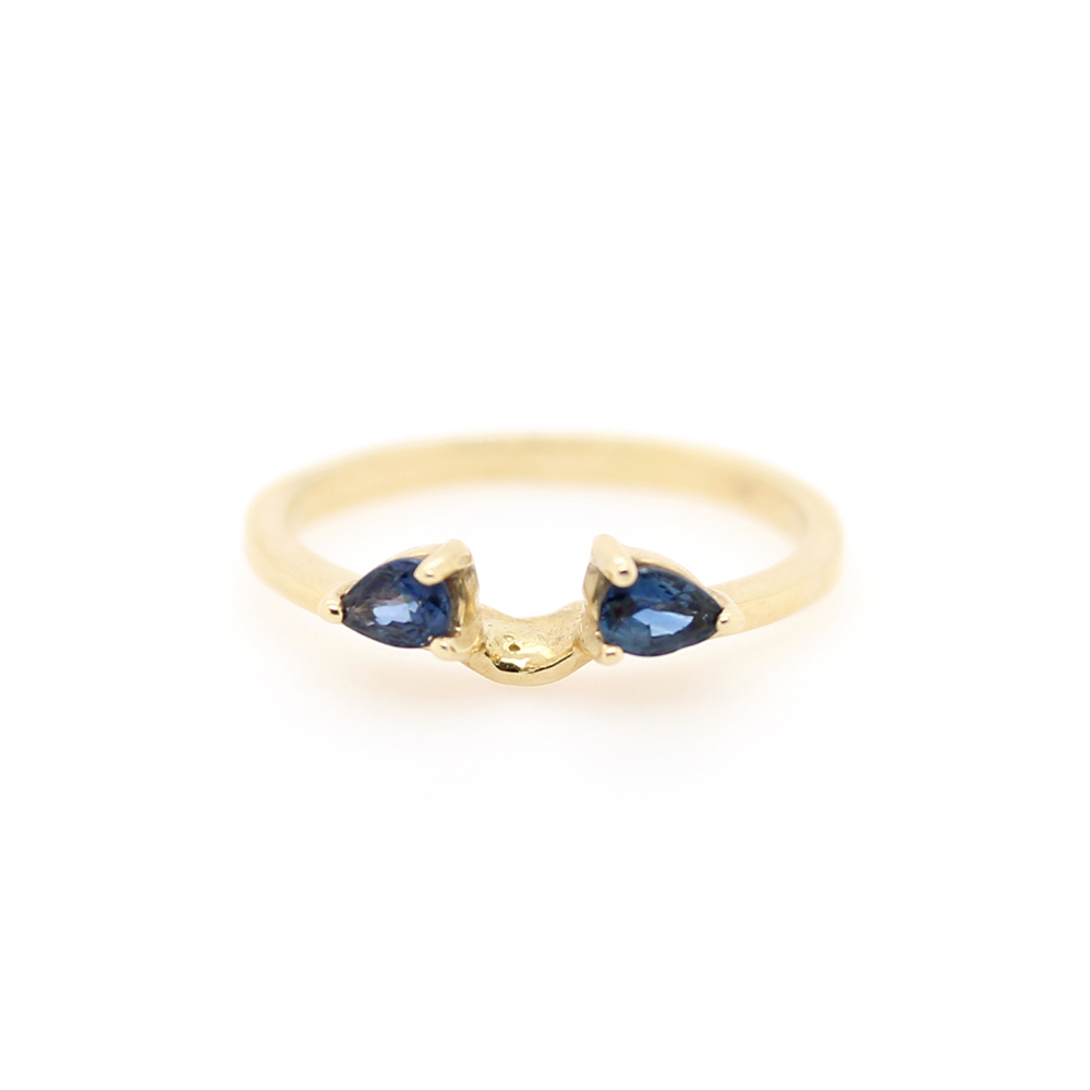 Estate 14 Karat Yellow Gold Sapphire Ring Guard