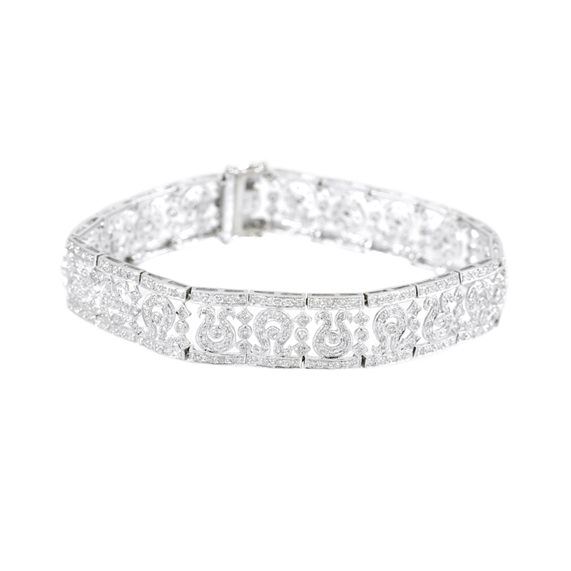 Eye-Catching 18 Karat White Gold Diamond Bracelet.