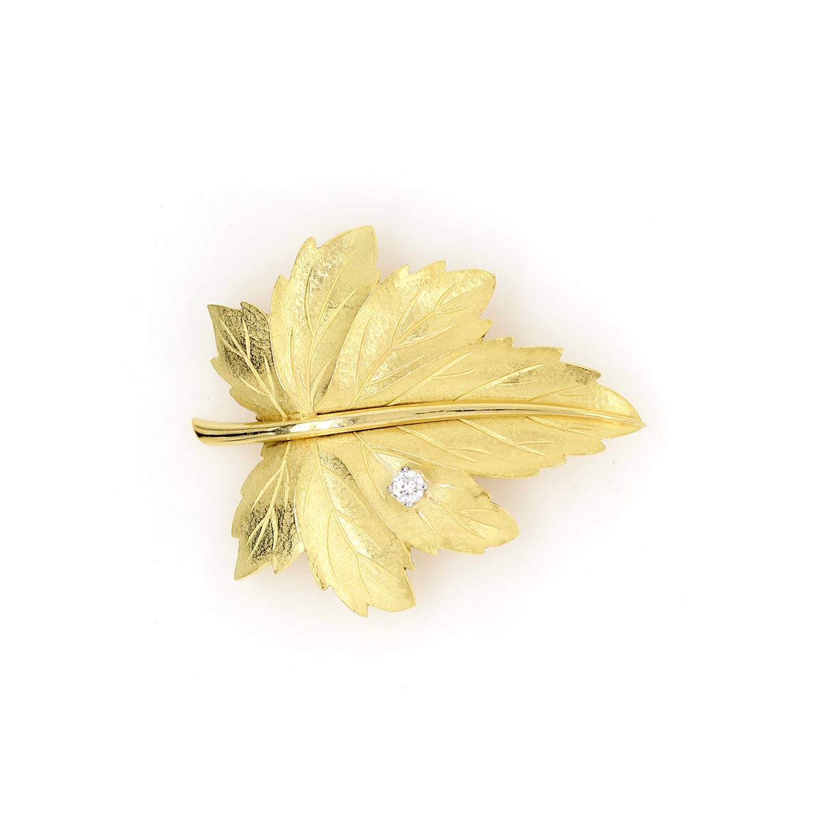 Vintage 18 Karat Yellow Gold Tiffany & Co Leaf Brooch