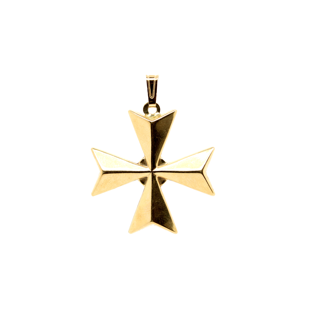 Vintage 18 Karat Yellow Gold Maltese Cross Pendant