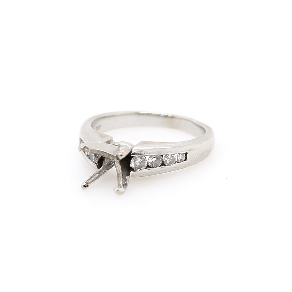 Estate 14 Karat White Gold Diamond Semi Mount Ring
