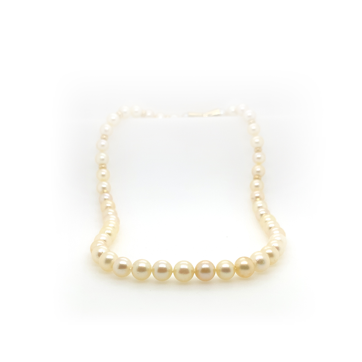 Vintage 14 Karat Yellow Gold Cultured Pearl Necklace