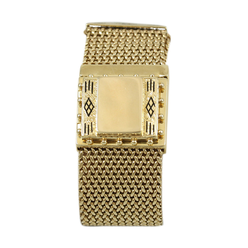 Elegant Vintage 14 Karat Yellow Gold Geneve Watch Featuring An Adjustable Mesh Bracelet.