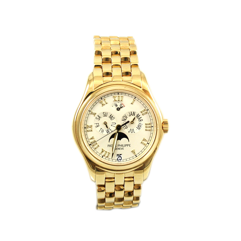 Patek Philippe Gentlemans 18 Karat Yellow Gold Watch From The Complicated Collection.