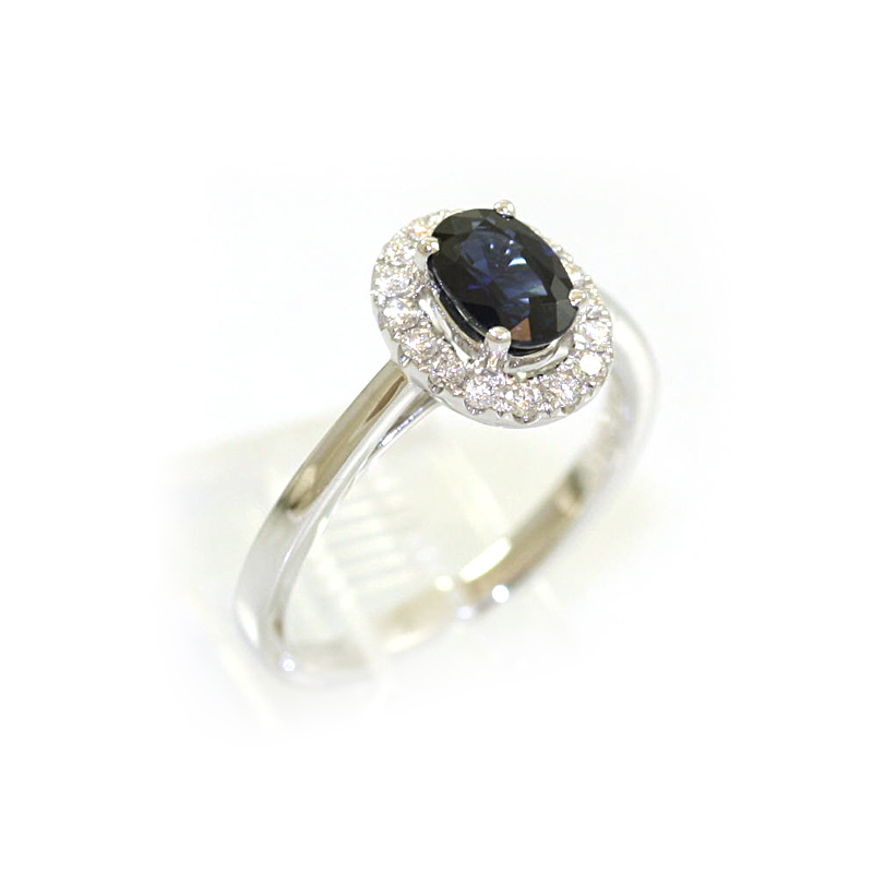 14 Karat White Gold Oval Sapphire Ring