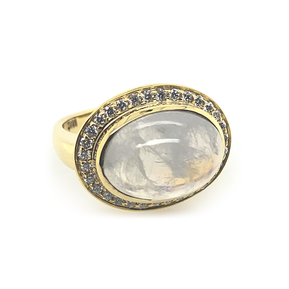 Mazza 14 Karat Yellow Gold Moonstone and Diamond Ring