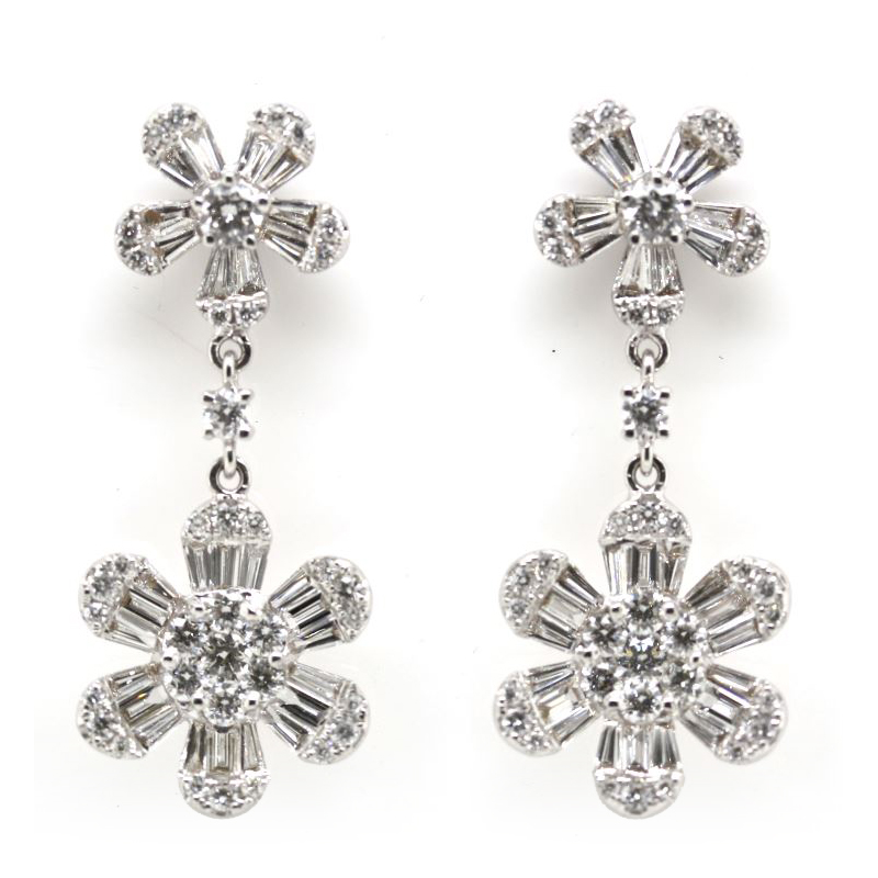 Paramount gems 14 Karat White Gold Flower Dangle Diamond Earrings