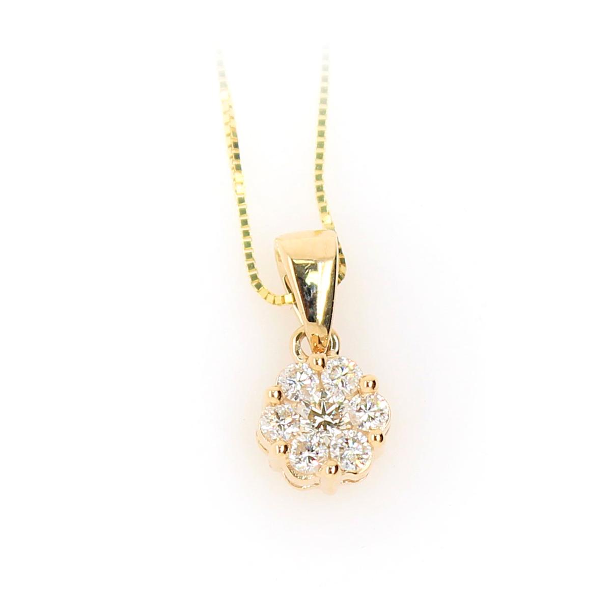 Shefi Diamonds 10 Karat Yellow Gold Cluster Diamond Pendant Necklace