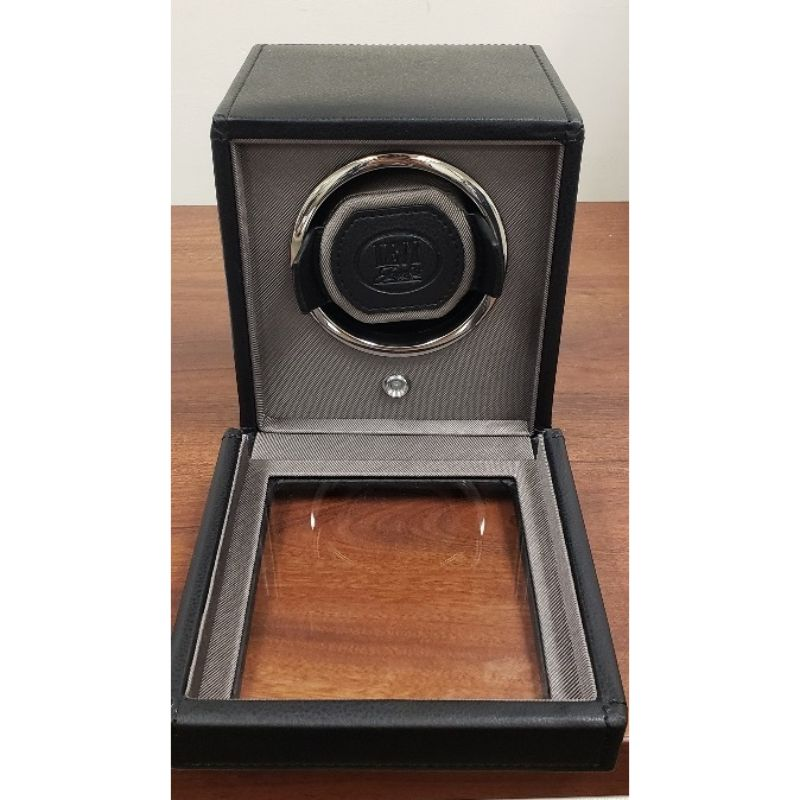 WOLF Cub Black Single Watch Winder with Levy Logo