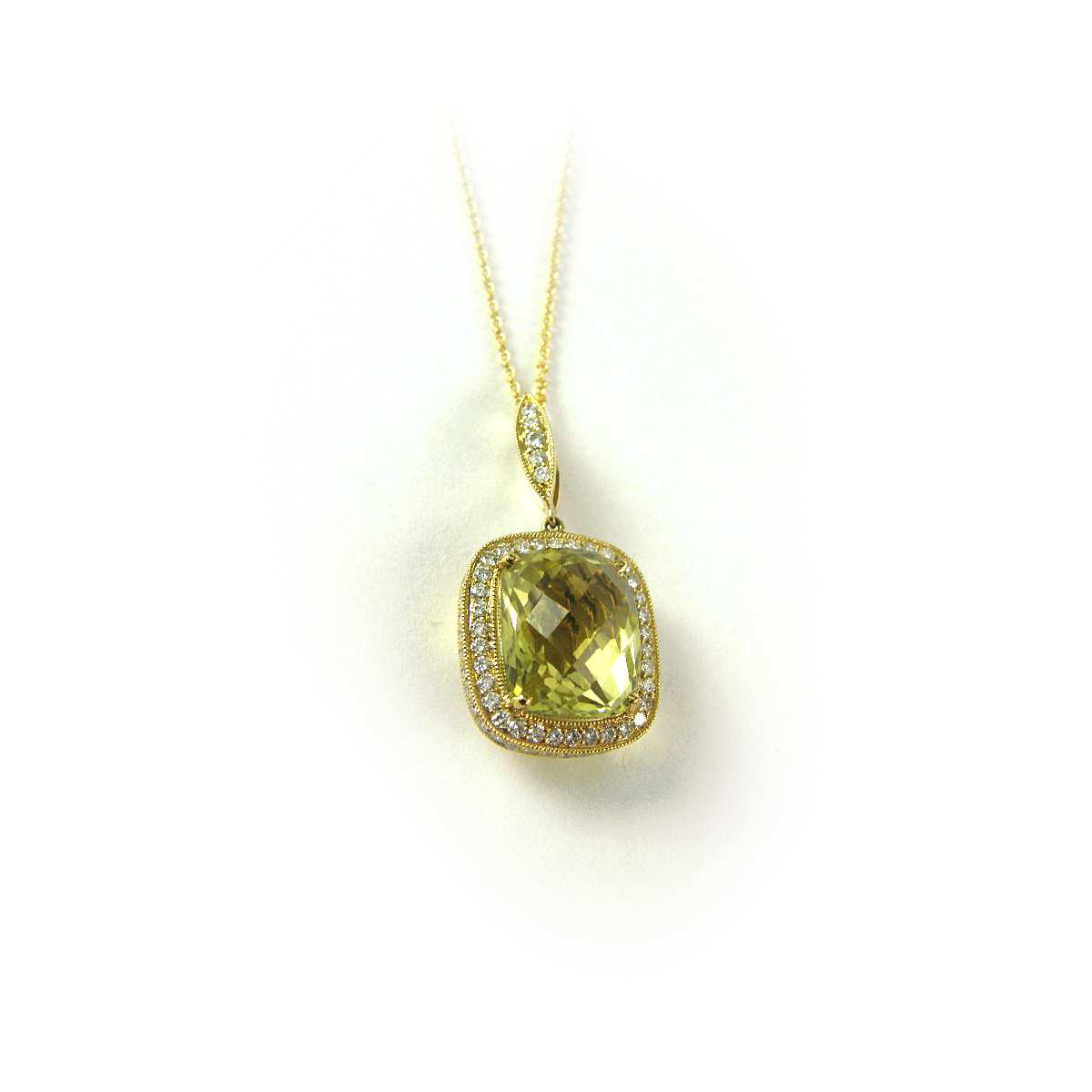 18 Karat Yellow Gold Lime Quartz and Diamond Pendant Necklace